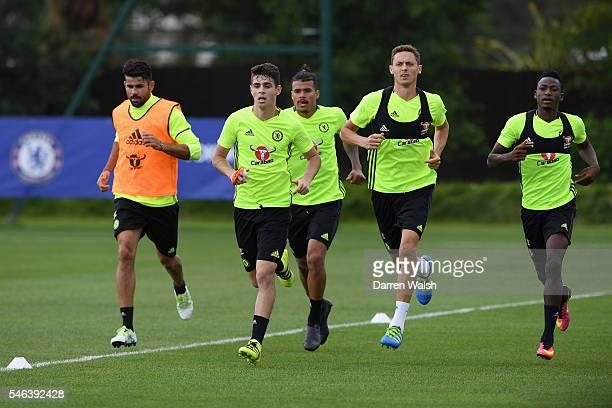 Kenedy Baba Rahman Nemanja Matic Oscar Diego Costa during a Chelsea training session at Chelsea Training Ground on July 12 2016 in Cobham England