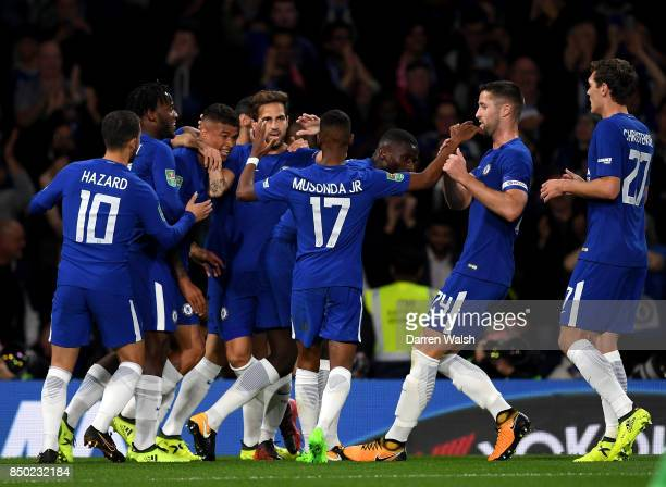 Kenedy of Chelsea celebrates scoring his sides first goal with his Chelsea team mates during the Carabao Cup Third Round match between Chelsea and...