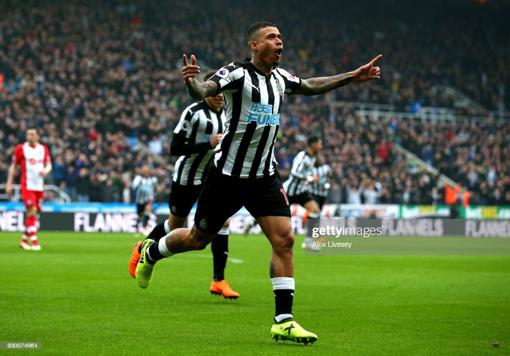 Kenedy of Newcastle United celebrates after scoring his sides first goal during the Premier League match between Newcastle United and Southampton at St. James Park on March 10, 2018 in Newcastle upon Tyne, England.