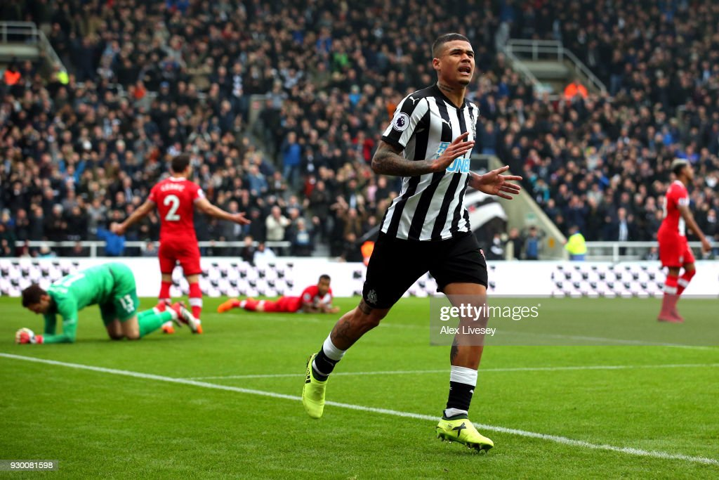 Kenedy of Newcastle United celebrates after scoring his sides second goal during the Premier League match between Newcastle United and Southampton at St. James Park on March 10, 2018 in Newcastle upon Tyne, England.