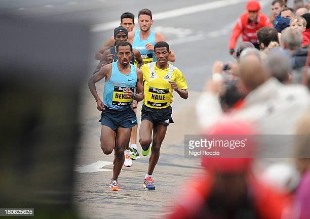 Kenenisa Bekele leads the Great North Run on September 15 2013 in Gateshead England