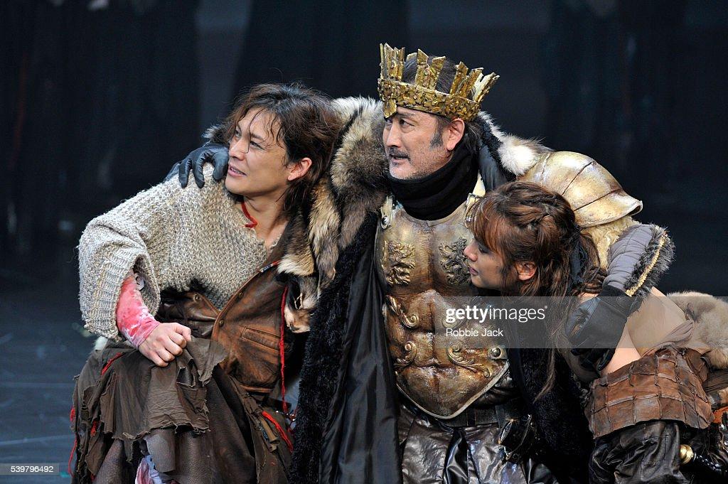 UK -The Ninagawa Company's production of William Shakespeare's Cymbeline directed by Yukio Ninagawa at the Barbican in L : News Photo