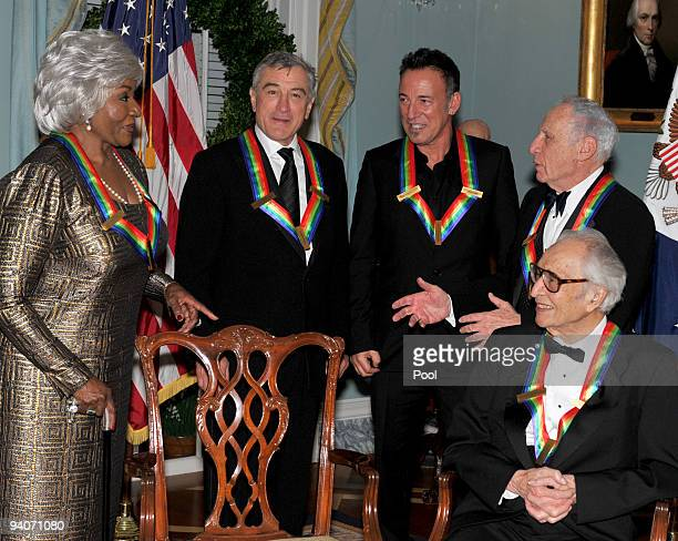 Kennedy Center honorees Grace Bumbry Robert De Niro Bruce Springsteen Mel Brooks and Dave Brubeck share some thoughts after posing for the formal...