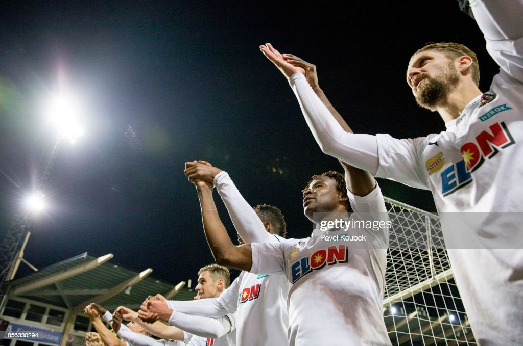 Kennedy Igboananike of Orebro SK celebrates after the victory during the Allsvenskan match between Orebro SK and Kalmar FF at Behrn Arena on October 1, 2017 in Orebro, Sweden.