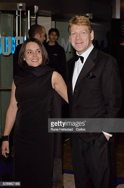 Kenneth Branagh attends the world premiere of the film Gosford Park with Lindsay Brunnock at the 2001 Regus London Film Festival.