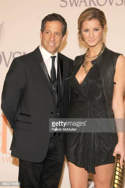 Kenneth Cole and Amanda Cole attend CFDA AWARDS 2009 ARRIVALS at Alice Tully Hall on June 15 2009 in New York City