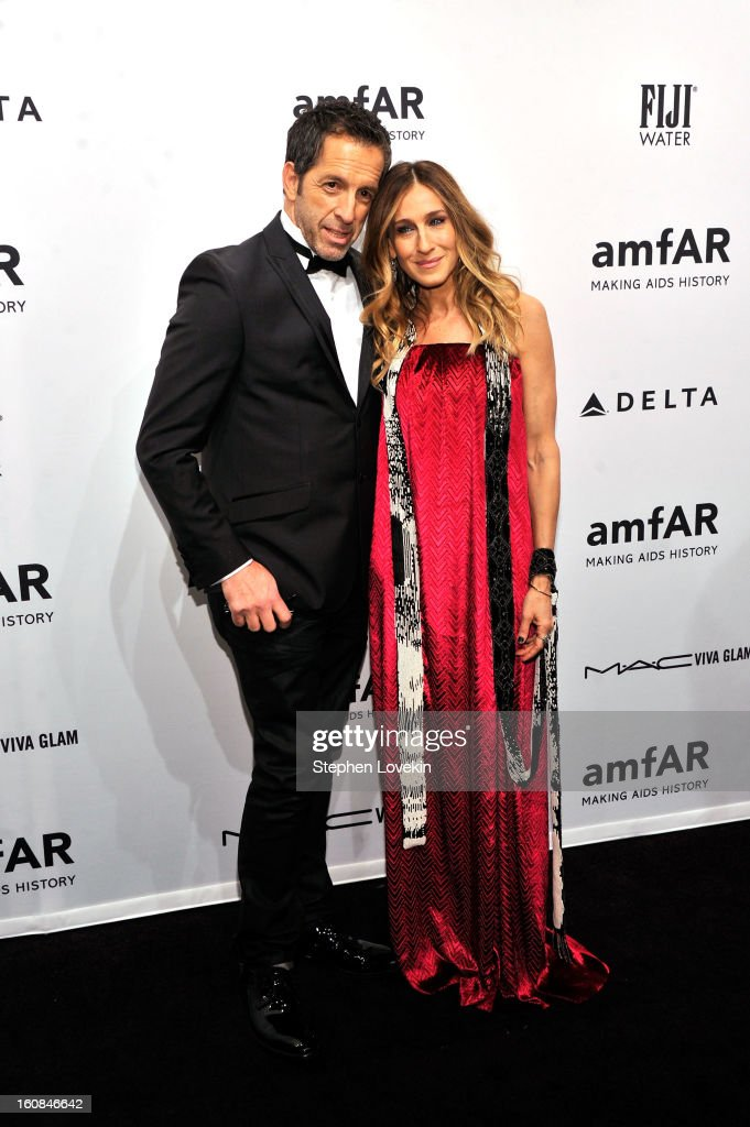 Kenneth Cole and Sarah Jessica Parker attend the amfAR New York Gala to kick off Fall 2013 Fashion Week at Cipriani Wall Street on February 6, 2013 in New York City.