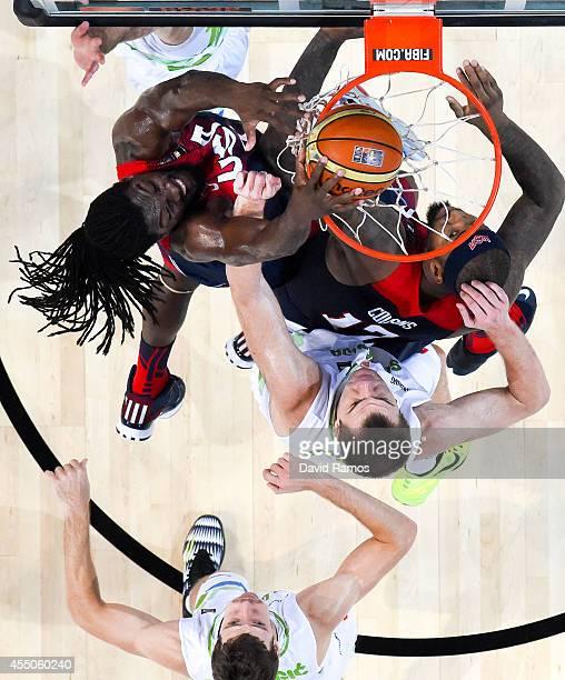 Kenneth Faried of the USA Basketball Men's National Team dunks the ball against Slovenia Basketball Men's National Team during 2014 FIBA Basketball...