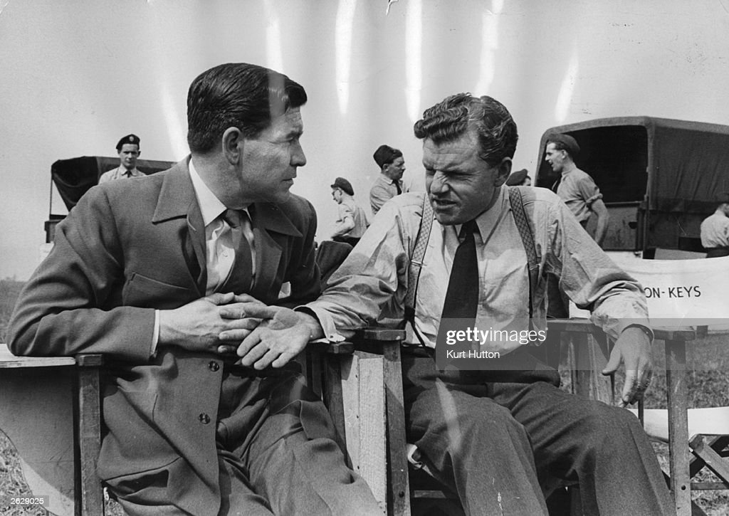 Kenneth More : News Photo