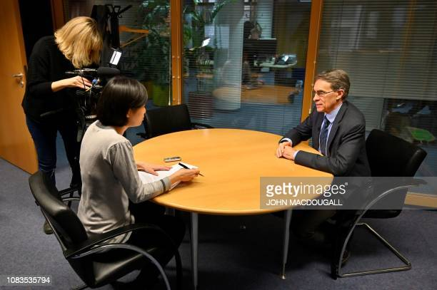 Kenneth Roth executive CEO of international NGO Human Rights Watch answers AFP journalists' questions during an interview on January 16 2019 in...
