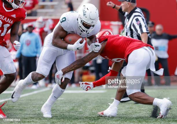 Kenneth Walker III of the Michigan State Spartans runs the ball during the game against the Indiana Hoosiers at Indiana University on October 16,...