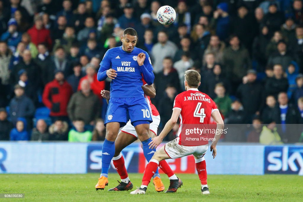 Cardiff City v Barnsley - Sky Bet Championship : News Photo