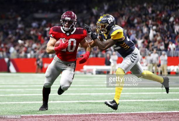 Kenneth Farrow II of the San Antonio Commanders scores a touchdown during the fourth quarter against the San Diego Fleet in an Alliance of American...