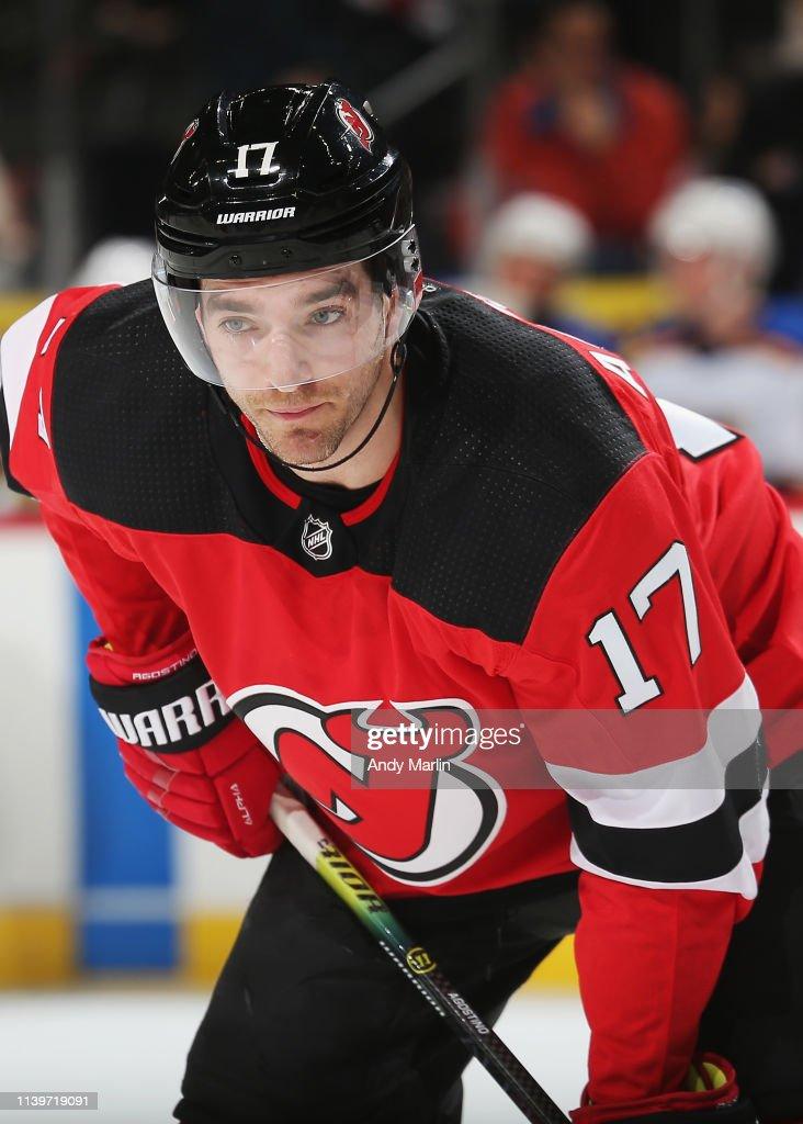 St Louis Blues v New Jersey Devils : News Photo