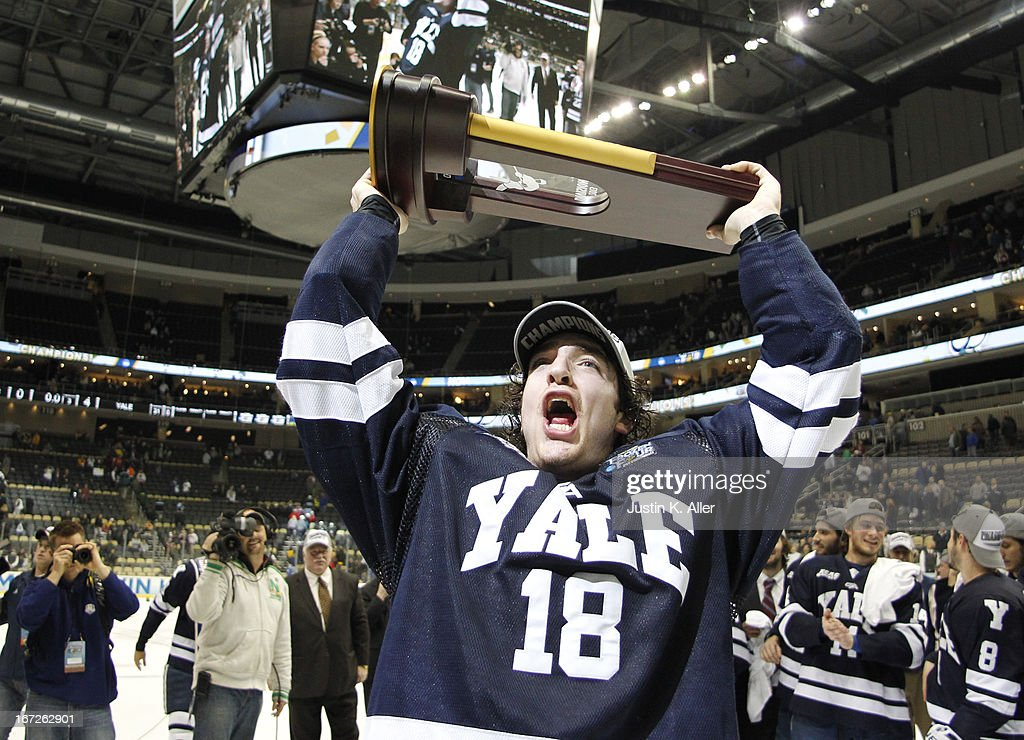 2013 NCAA Division I Men's Hockey Championships : News Photo