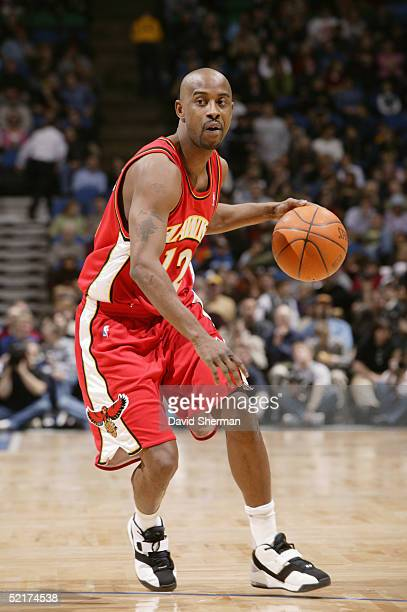 Kenny Anderson of the Atlanta Hawks moves the ball during the game with the Minnesota Timberwolves on January 26 2005 at the Target Center in...