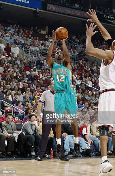 Kenny Anderson of the New Orleans Hornets shoots a jump shot against the Philadelphia 76ers in Game one of the Eastern Conference Quarterfinals...