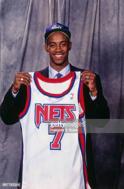 Kenny Anderson poses after being drafted by the New Jersey Nets during the 1991 NBA Draft on June 26 1991 in New York City NOTE TO USER User...