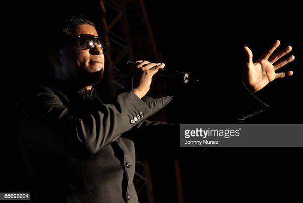 """Kenny """"Babyface"""" Edmonds performs at the 4th Annual Jazz in the Gardens at Dolphin Stadium on March 28, 2009 in Miami, Florida."""