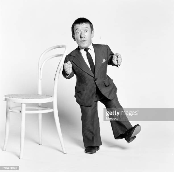 Kenny Baker actor who plays robot character R2D2 in new science fiction film Star Wars pictured in studio London 12th December 1977