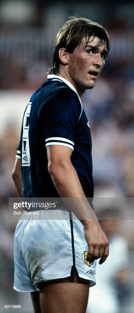 Kenny Dalglish of Scotland during the Scotland v New Zealand World Cup match held in Malaga, Spain on the 15th of June 1982. Scotland won 5-2. (Photo by Bob Thomas/Getty Images).
