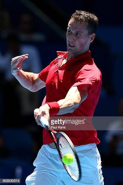 Kenny De Schepper of France plays a forehand to Alexander Zverev of Germany in the mens singles match during day four of the 2016 Hopman Cup at Perth...