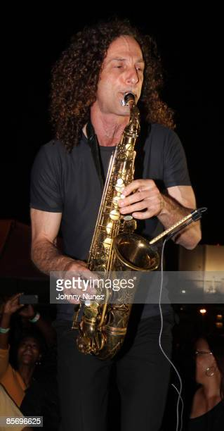 Kenny G performs at the 4th Annual Jazz in the Gardens at Dolphin Stadium on March 28, 2009 in Miami, Florida.