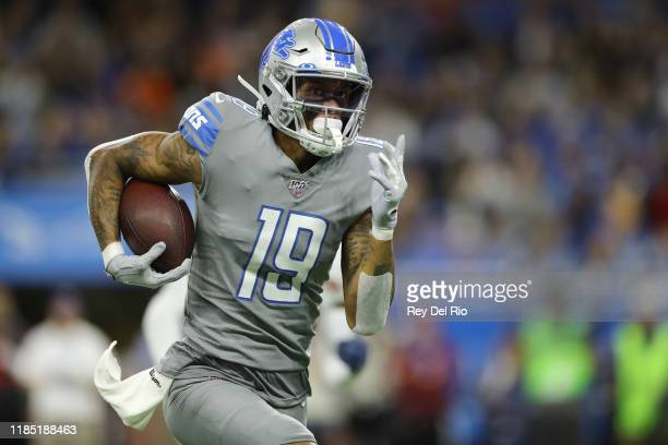 Kenny Golladay of the Detroit Lions makes a catch and runs the ball in the first quarter of the game against the Chicago Bears at Ford Field on...