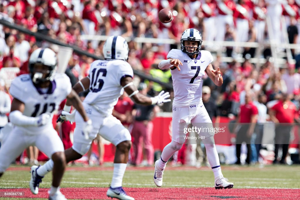 Kenny Hill #7 throws a pass to Kenedy Snell #16 of the TCU Horned Frogs during a game against the Arkansas Razorbacks at Donald W. Reynolds Razorback Stadium on September 9, 2017 in Fayetteville, Arkansas. The Horn Frogs defeated the Razorbacks 28-7.