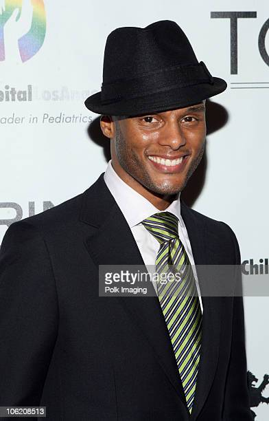 Kenny Lattimore arrives to TONYS Grand Opening Benefit for Childrens Hospital Los Angeles at TONYS in West Hollywood CA on February 5 2009