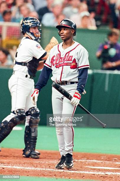Kenny Lofton of the Atlanta Braves during the National League Division Series Game Three against the Houston Astros at the Astrodome on October 3...