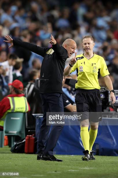 Kenny Lowe manager of the Glory shows his frustration during the ALeague Semi Final match between Sydney FC and the Perth Glory at Allianz Stadium on...