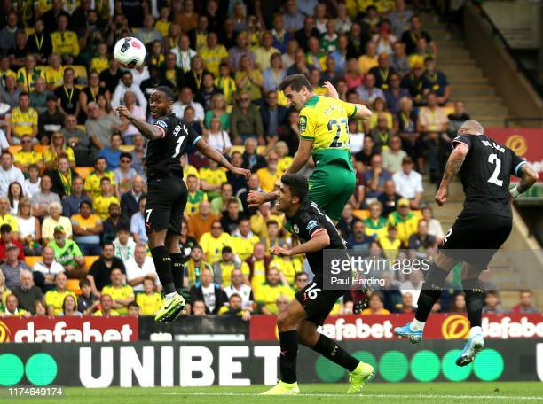Kenny McLean of Norwich City scores his team's first goal during the Premier League match between Norwich City and Manchester City at Carrow Road on...