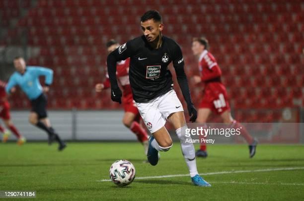 Kenny Prince Redondo of 1. FC Kaiserslautern during the 3. Liga match between SpVgg Unterhaching and 1. FC Kaiserslautern at Alpenbauer Sportpark on...