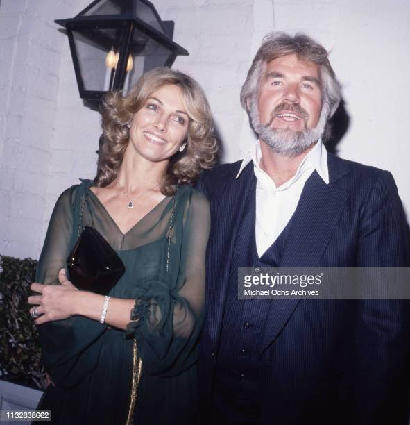 Kenny Rogers and his wife Marianne Gordon attend an event in circa 1980.