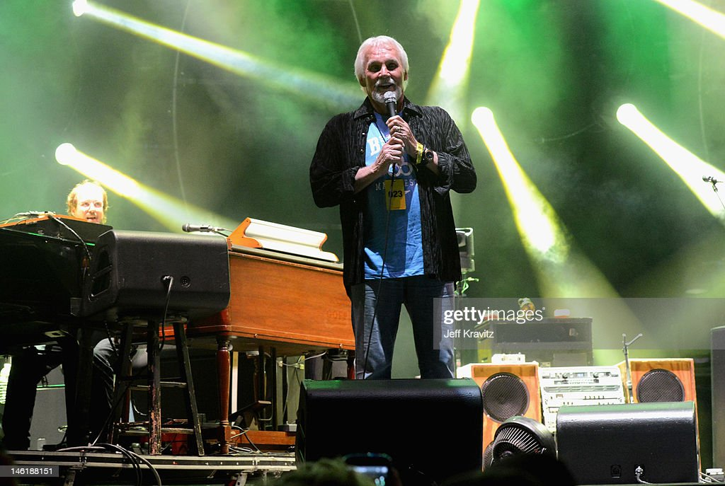 Kenny Rogers and Page McConnell perform with Phish onstage during Day 4 of Bonnaroo 2012 on June 10, 2012 in Manchester, Tennessee.