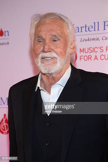 Kenny Rogers attends the 8th Annual TJ Martell Foundation Honors Gala at Omni Hotel on February 29 2016 in Nashville Tennessee