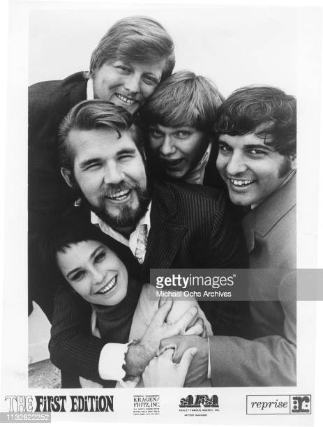 Kenny Rogers Mike Settle Thelma Camacho Terry Williams and Mickey Jones of Kenny Rogers The First Edition portrait 1967