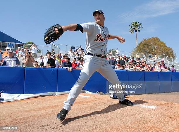 Kenny Rogers of the Detroit Tigers pitches during pre-game against the Cleveland Indians at Chain O' Lakes Park in Winter Haven, Florida on March 4,...