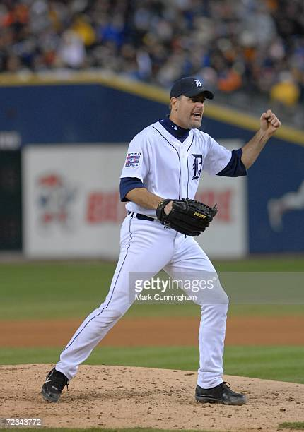 Kenny Rogers of the Detroit Tigers pitching against the St. Louis Cardinals during Game Two of the 2006 World Series on October 22, 2006 at Comerica...