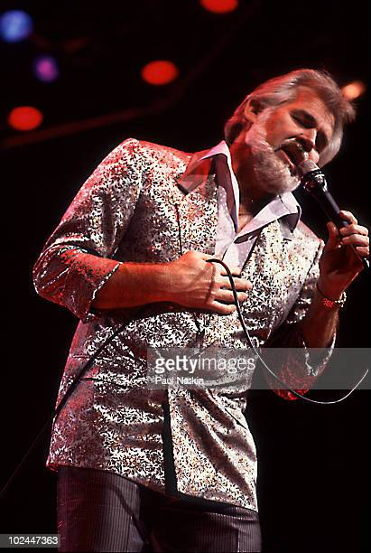 Kenny Rogers on 3/22/85 in Chicago Il