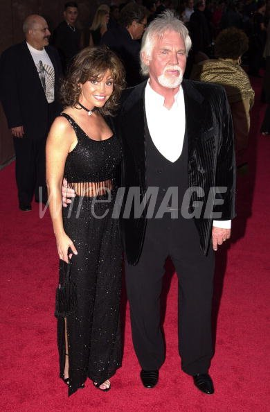 Kenny Rogers Wanda Miller At The Madison Square Garden In New York Wireimage 74681966