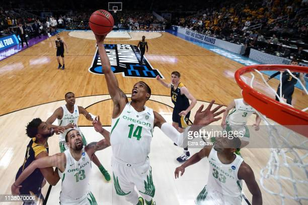 Kenny Wooten of the Oregon Ducks grabs a rebound in the first half against the UC Irvine Anteaters during the second round of the 2019 NCAA Men's...