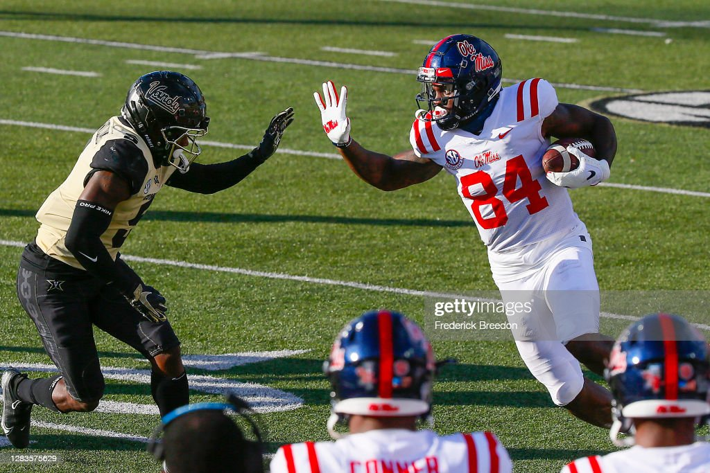 Mississippi v Vanderbilt : News Photo