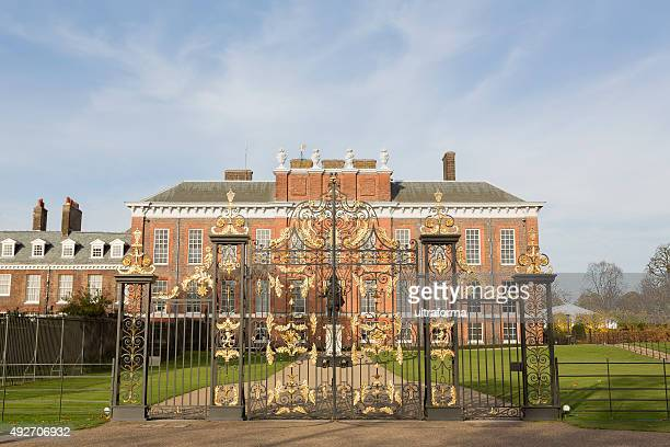 kensington palace in hyde park london - kensington palace stock pictures, royalty-free photos & images