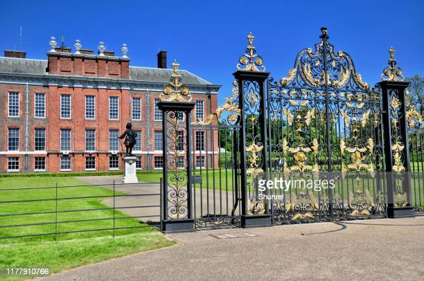 kensington palace, london, england - kensington palace stock pictures, royalty-free photos & images