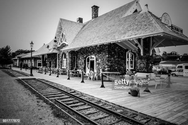 Kensington Train Station