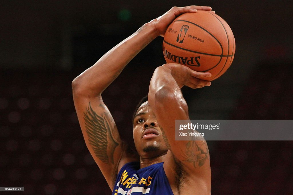 Golden State Warriors v Los Angeles Lakers - Training & Press Conference : News Photo