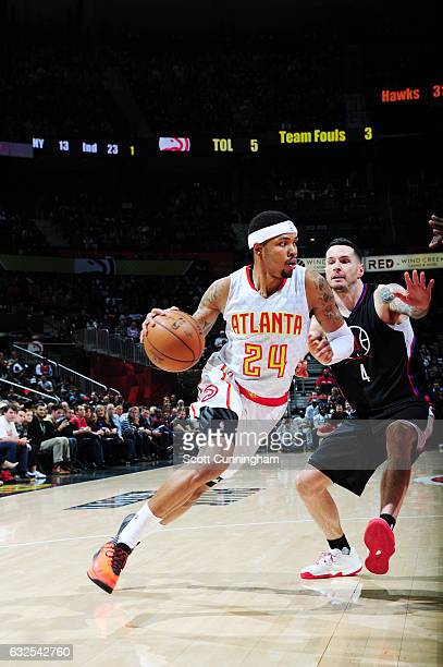 Kent Bazemore of the Atlanta Hawks drives to the basket against the LA Clippers during the game on January 23 2017 at Philips Arena in Atlanta...
