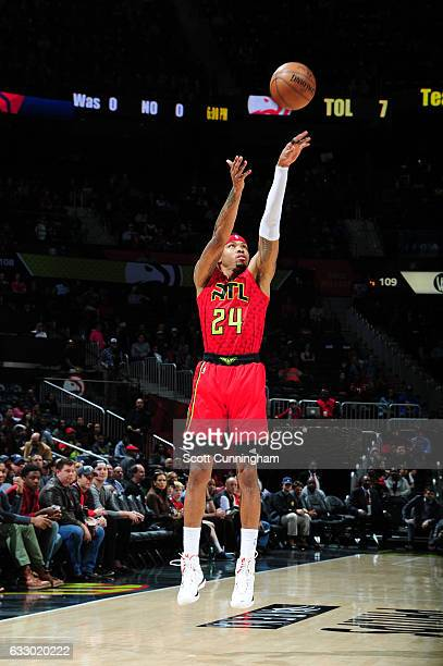 Kent Bazemore of the Atlanta Hawks shoots the ball during a game against the New York Knicks on January 29 2017 at Philips Arena in Atlanta Georgia...